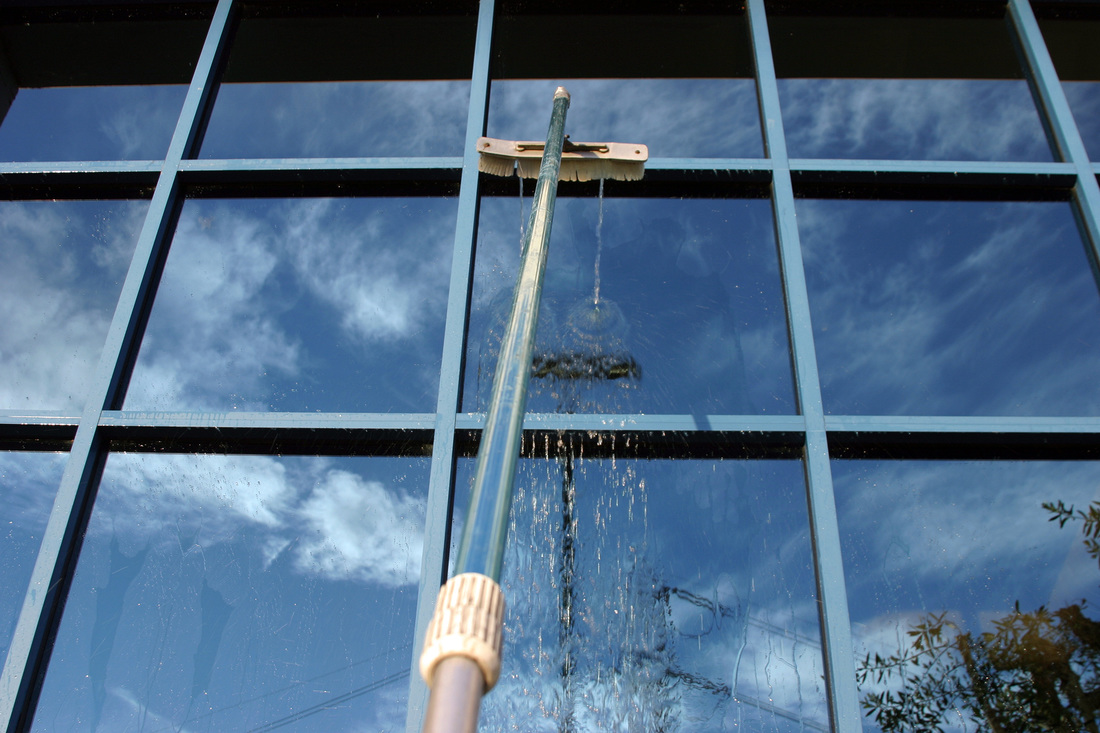 Commercial Window Cleaning Oahu